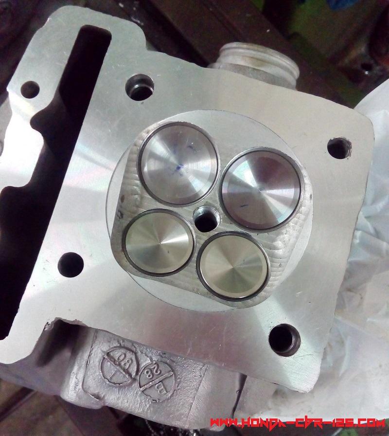 Cylinder Head Welding Rod: Genuine Honda CBR 125 Racing DOHC Cylinder Head 4 Valve
